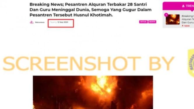 Tangkapan layar (screen shot) sebuah media daring dengan klaim laporan berita kebakaran di sebuah pesantren Alquran.