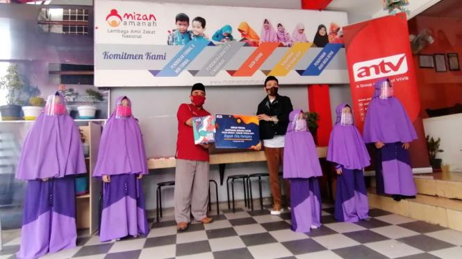 ANTV serahkan bantuan ke Asrama Yatim Mizan Amanah.