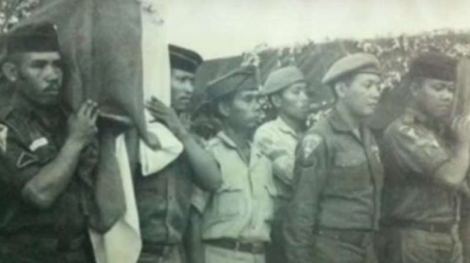 VIVA Militer: Upacara pemakaman Kopda KKO (Anumerta) Harun Thohir
