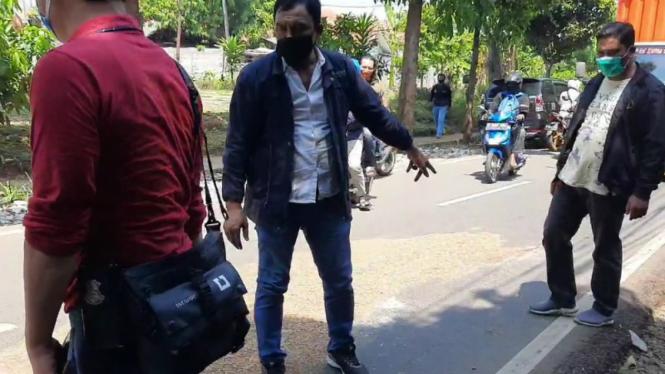 Polisi saat olah TKP tewasnya Briptu Andry di Pondok Ranggon