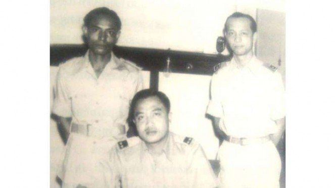 VIVA Militer : Jenderal Mayor (Purn) TNI Bambang Utoyo (tengah)