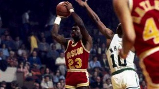 Mantan pebasket NBA, Houston Rockets