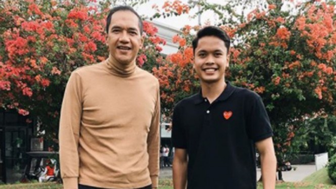 VIVA Bulutangkis: Gita Wirjawan dan Anthony Sinisuka Ginting.