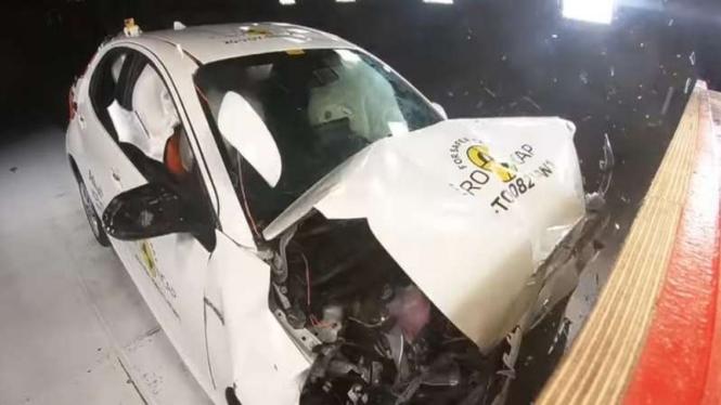 Toyota Yaris terbaru ketika diuji tabrak.