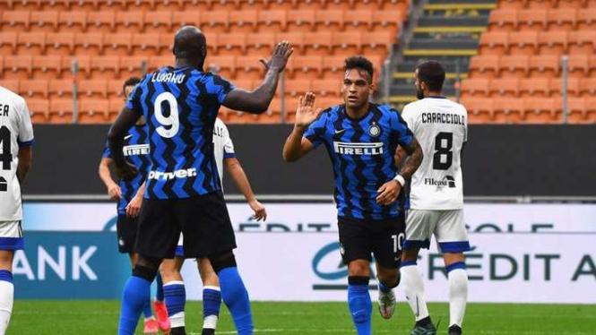 Bomber Inter Milan, Romelu Lukaku dan Lautaro Martinez.