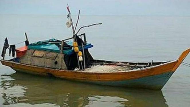 VIVA Militer: Perahu butut yang ditemukan TNI.