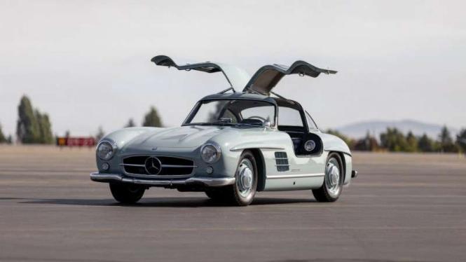 Mobil Mercedes-Benz berusia 63 tahun dilelang setara Rp15 Miliar