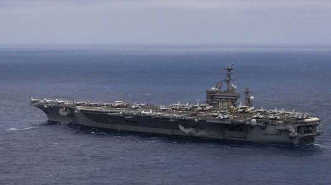 VIVA Militer: Kapal Induk USS Nimitz (CVN-68) Angkatan Laut Amerika Serikat