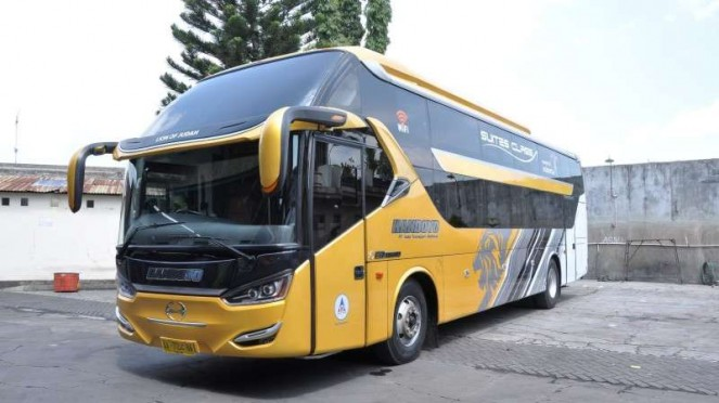 Ilustrasi bus AKAP P.O. Handoyo