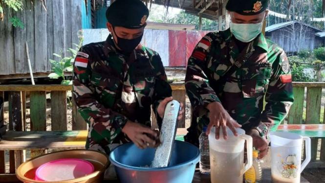 VIVA Militer: Prajurit Yonif Mekanis 413/Bremoro Ajarkan Produksi Minyak VCO