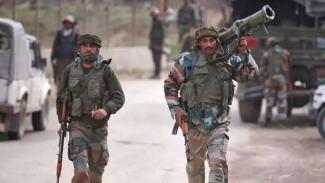 VIVA Militer: Pasukan Angkatan Bersenjata India (BSS) di Kashmir