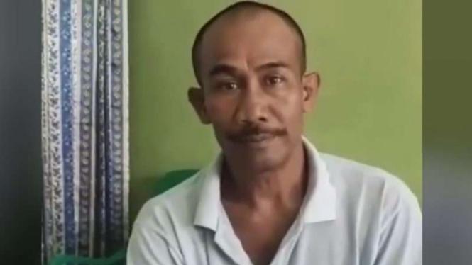 Fauzi Munthe, suami dari jenazah perempuan yang dimandikan empat pria bukan muhrim.