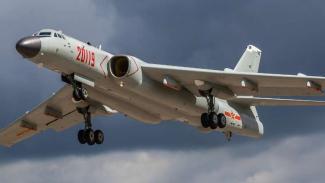 VIVA Militer: Pesawat pembom H-6K Angkatan Udara China (PLAAF)