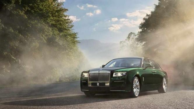 Mobil mewah Rolls-Royce Ghost Extended