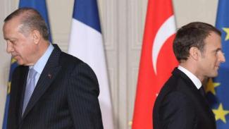 VIVA Militer: Recep Tayyip Erdogan dan Emmanuel Macron