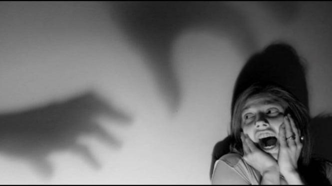 ilustrasi takut hantu
