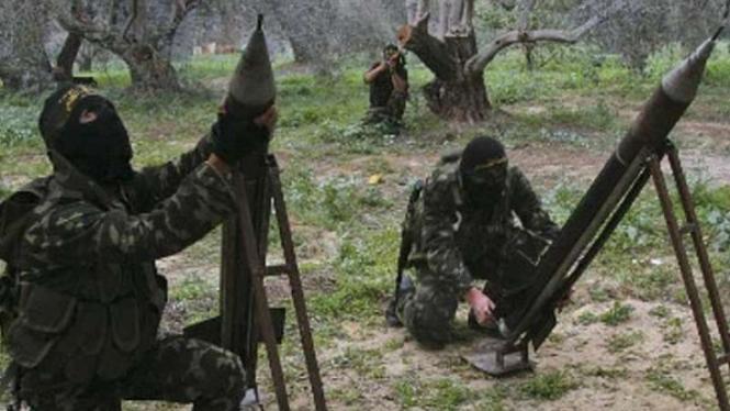 VIVA Militer: Pasukan Hamas Palestina menembakkan roket