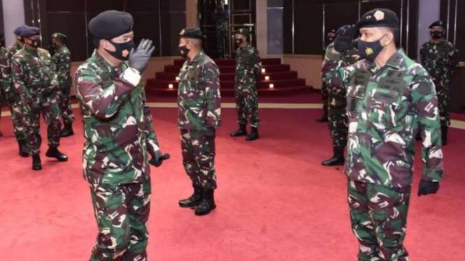 VIVA Militer: Kenaikan pangkat Laksda Ivan Yulivan di Mabes TNI.