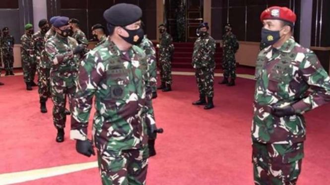 VIVA Militer: Kenaikan pangkat Danjen Kopasuss di Mabes TNI.