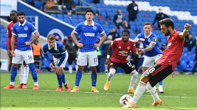 Duel Brighton vs MU di Premier League 2020/2021.