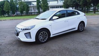 Mobil listrik Hyundai Ioniq
