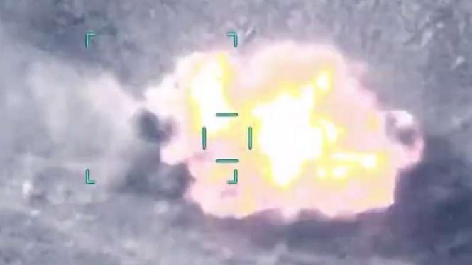 VIVA Militer: Tank Angkatan Bersenjata Armenia meledak ditembak jet tempur Turki