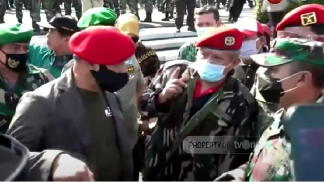 Jenderal (purn) TNI Gatot Nurmantyo di TMP Kalibata