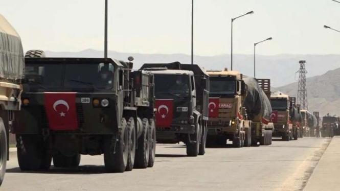 VIVA Militer: Konvoi kendaraan militer Turki di Azerbaijan