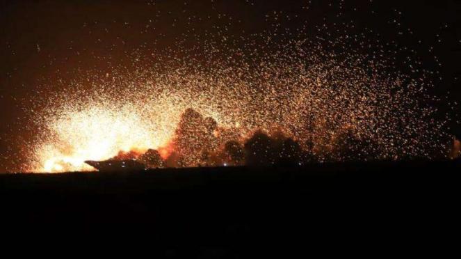 VIVA Militer: Sasaran musuh berhasil dihancurkan jet tempur TNI Angkatan Udara