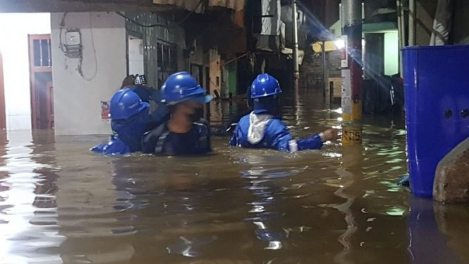Banjir di Kebon Pala, Kampung Melayu, Jakarta Timur.