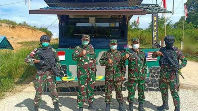 VIVA Militer: Prajurit Yonif 642/Kapuas di perbatasan RI - Malaysia.