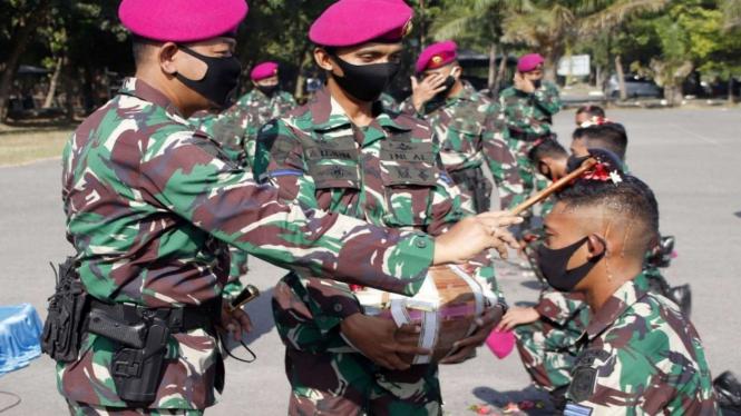 VIVA Militer: 42 Prajurit Yonif 3 Marinir Dinaikan Pangkatnya