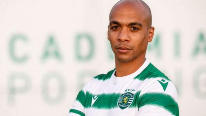 Joao Mario bergabung dengan Sporting Lisbon.