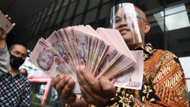 MAKI Dorong KPK Terbitkan Red Notice Bagi Harun Masiku