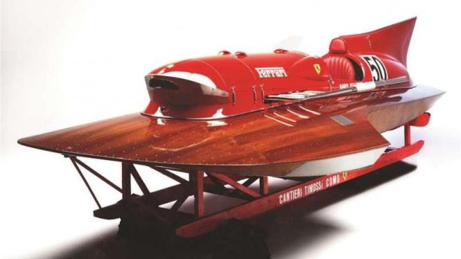 Ferrari Arno XI dibuat untuk adu cepat di air.