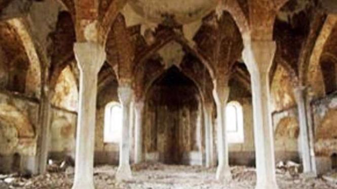 VIVA Militer: Masjid di Aghdam, Azerbaijan hancur diserang pasukan Armenia
