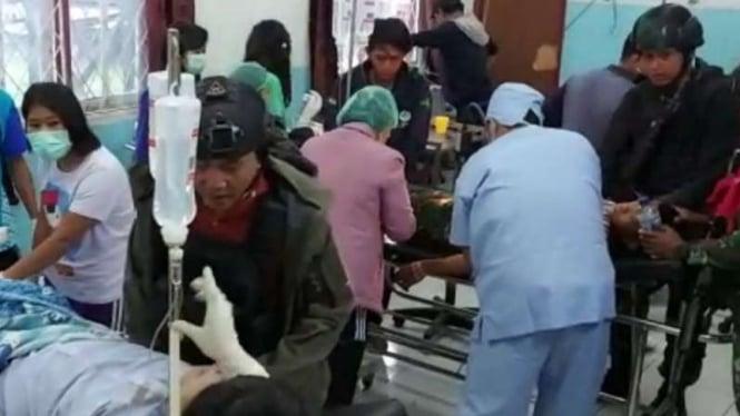 VIVA Militer: Prajurit TNI yang ditembak OPM dirawat.