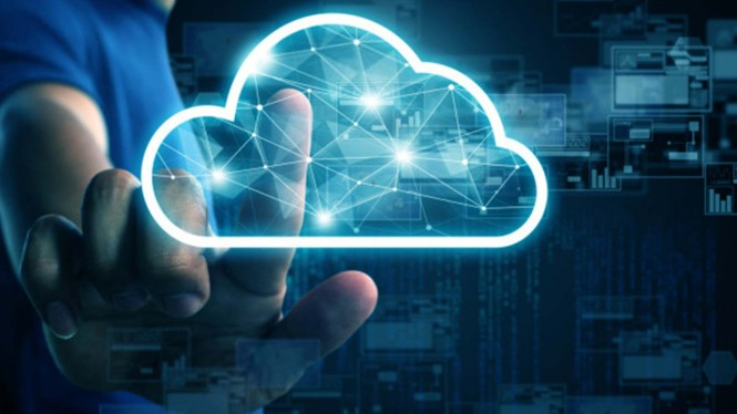 Cloud computing atau komputasi awan.