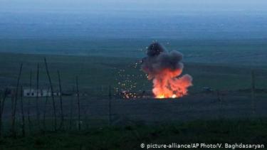 https://thumb.viva.co.id/media/frontend/thumbs3/2020/10/10/5f81e17f27d16-beban-sejarah-halangi-perdamaian-antara-armenia-dan-azerbaijan_375_211.jpg