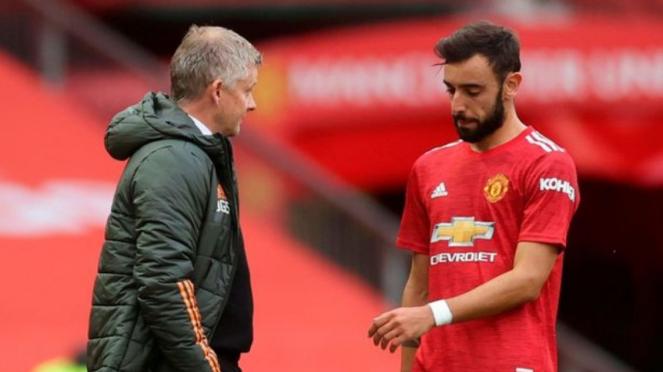 Manajer Manchester United, Ole Gunnar Solskjaer, dan Bruno Fernandes