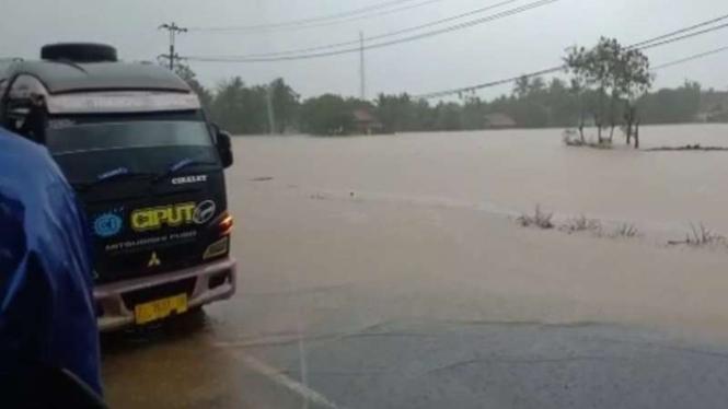 Banjir bandang di Garut Selatan