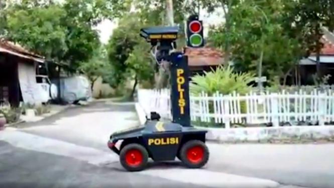 Robot Bobota karya Polres Bojonegoro