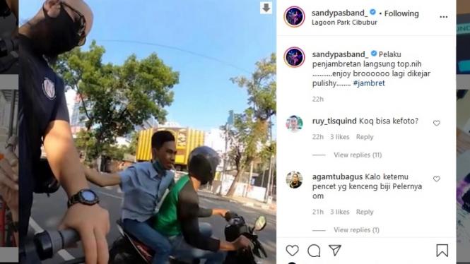 Postingan Instagram Sandy Pas Band soal penjambretan di Medan.