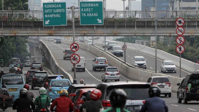 Pemberlakuan Kembali PSBB Masa Transisi di Jakarta__Kendaraan