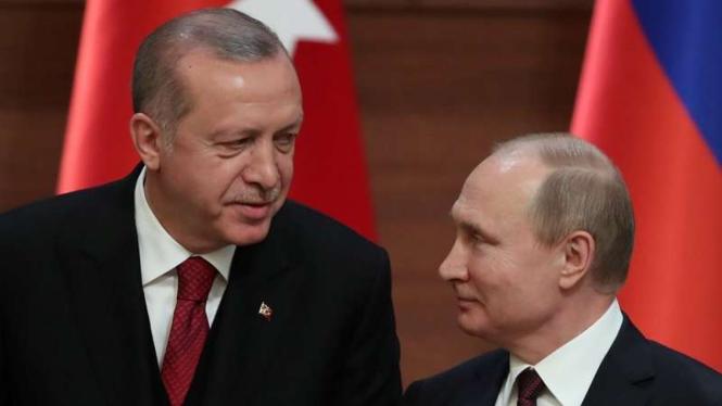Presiden Turki Recep Tayyip Erdogan dan Presiden Rusia Vladimir Putin