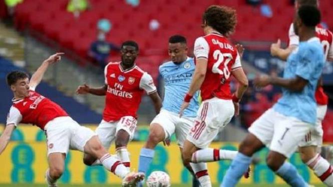 Duel Manchester City vs Arsenal