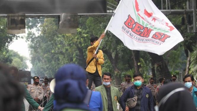 Aksi Demo BEM Seluruh Indonesia di Jakarta