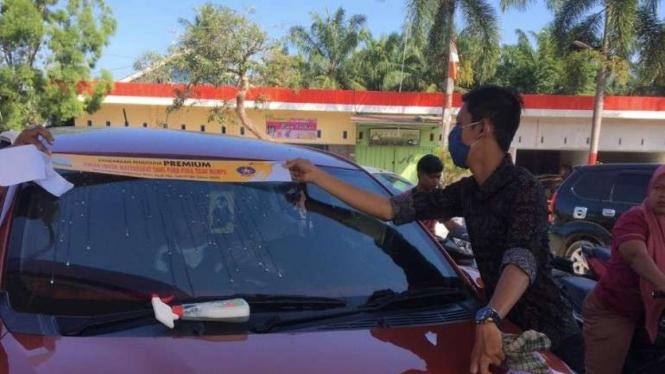 Stiker BBM Bersubsidi di Aceh.