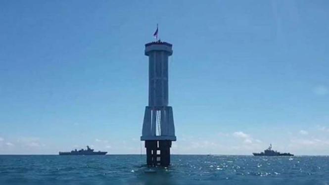 VIVA Militer: 2 kapal perang TNI siaga di Ambalat.