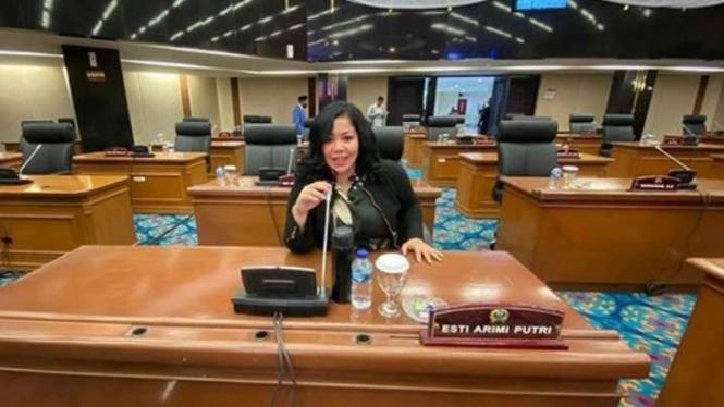 Politikus Partai Gerindra, Esti Arimi Putri.